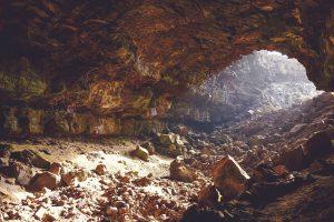 Jaskinie w Polsce udostępnione do zwiedzania
